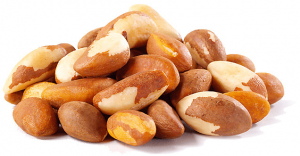Pile of Brazil nuts.