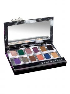 Urban Decay shadow box with different shades.